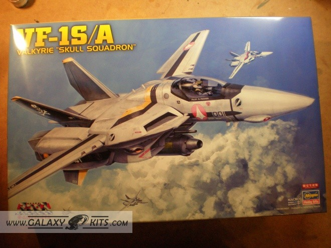 VF-1 S/A Valkyrie / 1:48 / Hasegawa