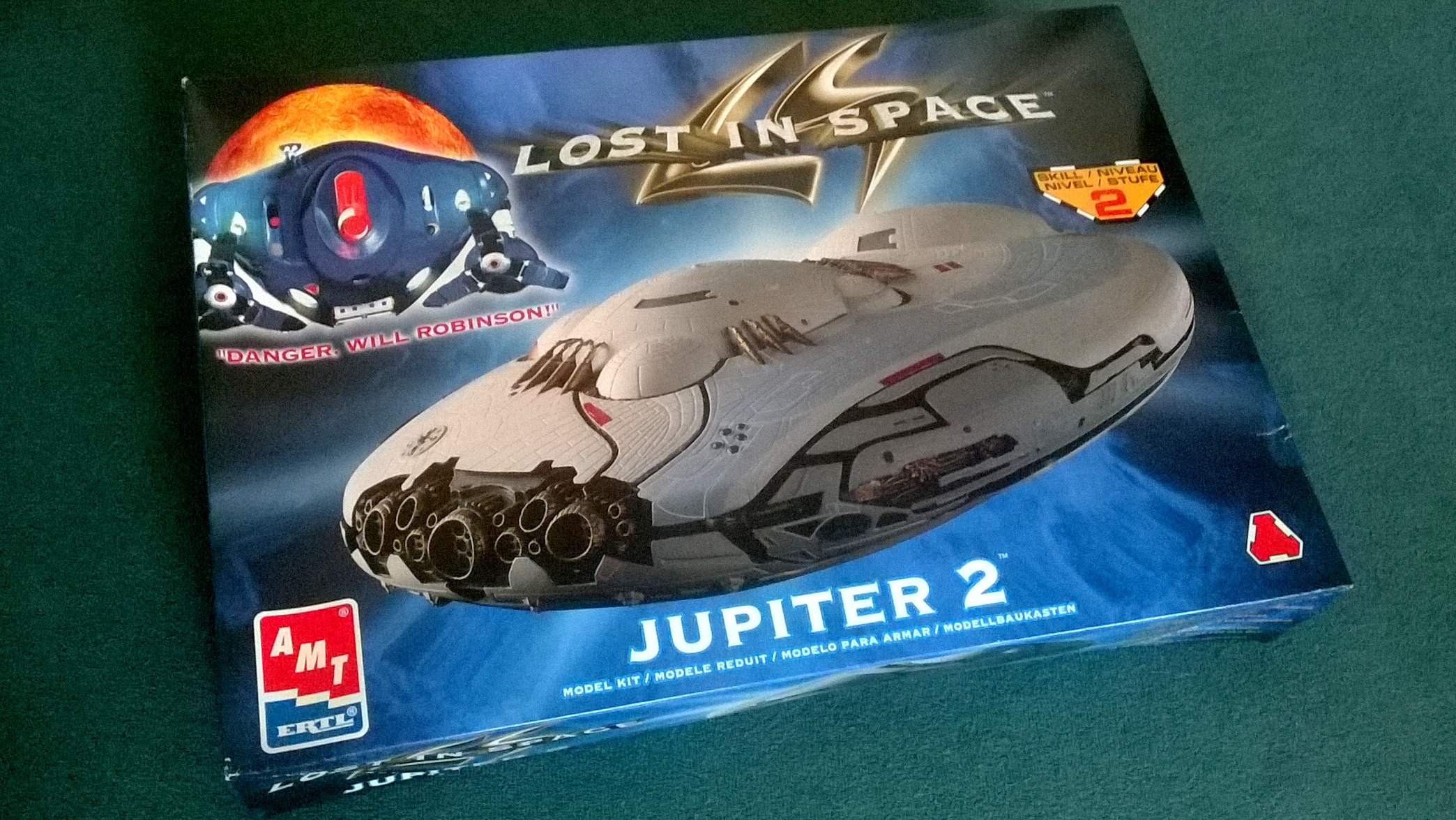 Lost in space: Jupiter 2 / 1:350 / AMT Ertl